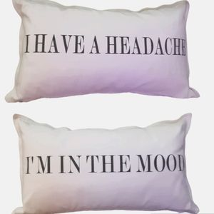 """""""In the mood"""" unzip pillow cover with pillow"""